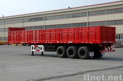 Trailer with sidewall