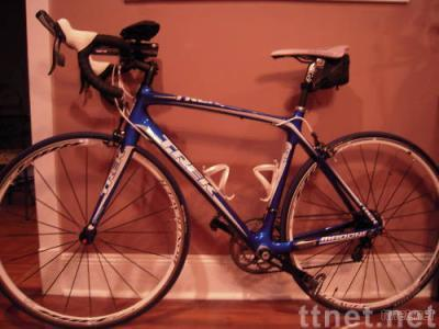 2010 Trek Madone 4.7 54cm FULL CARBON FIBER Road Bike