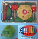 Toys(maraca,tambourine,castanet,hand bell,xylophone,toy musical instrument)